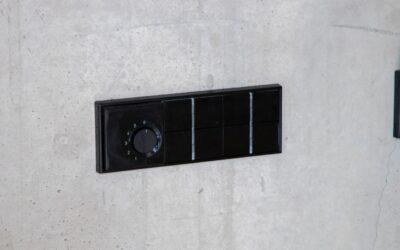 Schalter auf Beton montiert